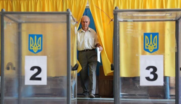 Сегодня вступают в силу Избирательный кодекс и закон об обличителях коррупции