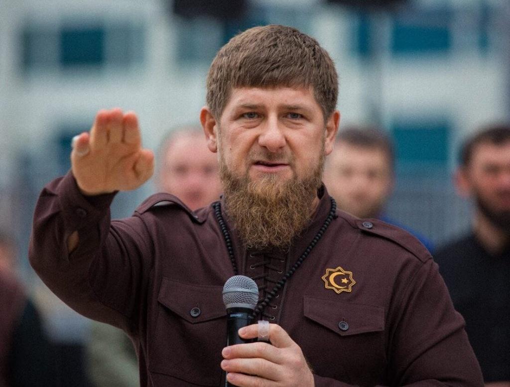 Заболевший Кадыров может пойти на повышение, – СМИ