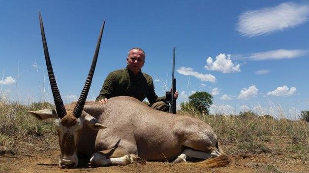 «Редкое» животное из Украины уеб…ан обыкновенный Нестор Шуфрич прославился убийствами в Африке