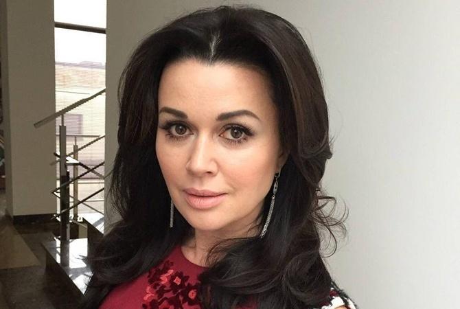 Анастасия Заворотнюк впервые за долгое время обратилась к поклонникам