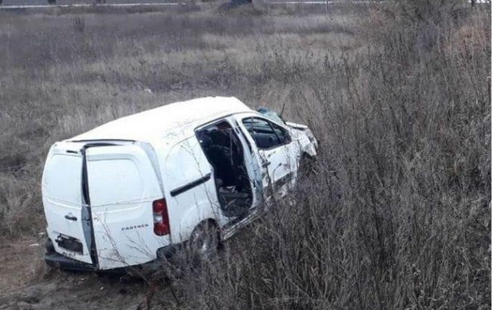 Пьяные подростки устроили ДТП: погибла 16-летняя девушка (Фото)