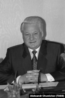Борис Єльцин у 1993 році