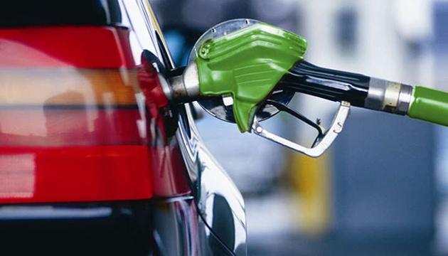 Через біопаливо у Європі з 1 січня подорожчав бензин