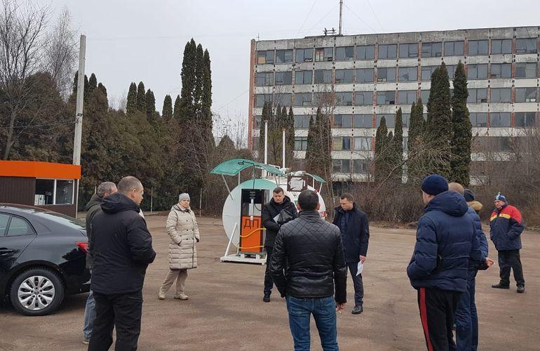 В Житомирской ОГА говорят, что продолжают борьбу с незаконными АЗС