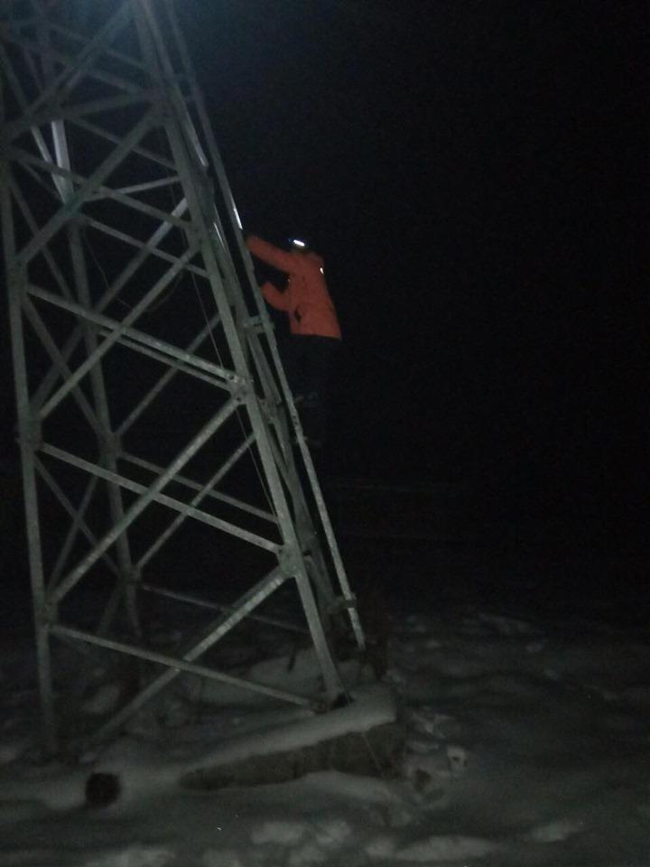 На Львівщині 32 особи застрягли на гірському підйомнику