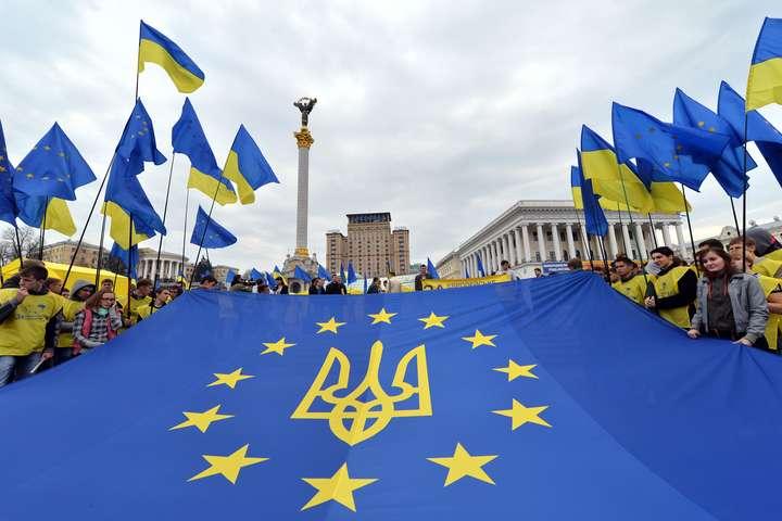 Провідні українські політологи назвали головне очікування від 2020-го