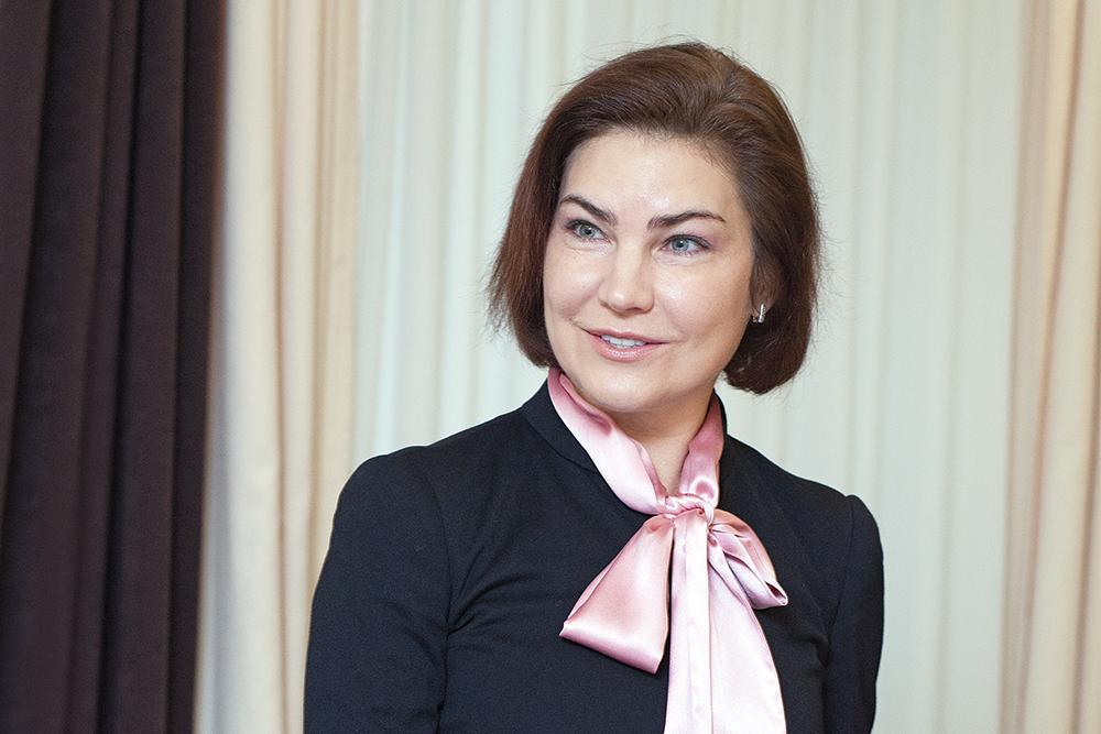 Сложила мандат: Венедиктова открыла дорогу в Раду сотруднику фестиваля Atlas Weekend
