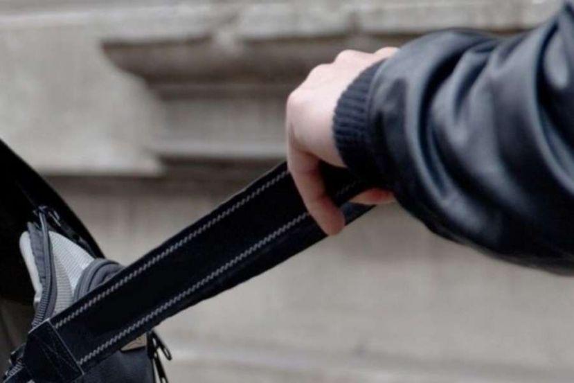 Поліція розшукує свідків розбійного нападу в Олешках