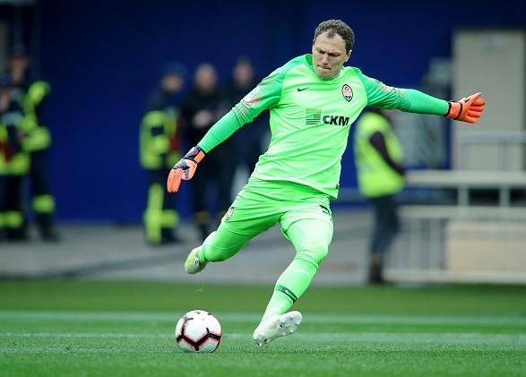 Голкипер сборной Украины попал в топ-10 самых дорогих игроков мира в возрасте после 35 лет