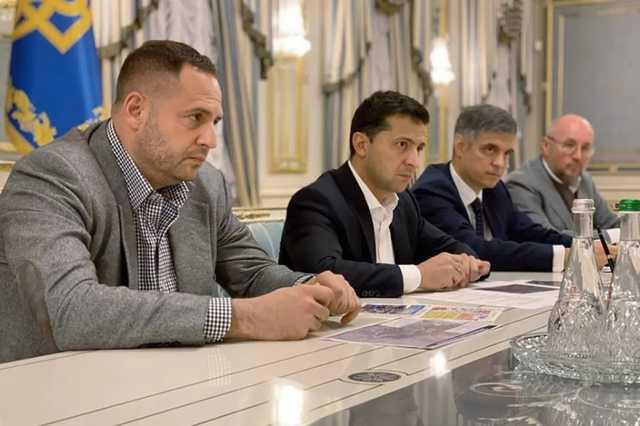 Мендель в январе заработала больше Богдана, а Ермак – вообще ничего
