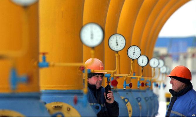 «Газпром» в феврале снова переплатил Украине за транзит газа