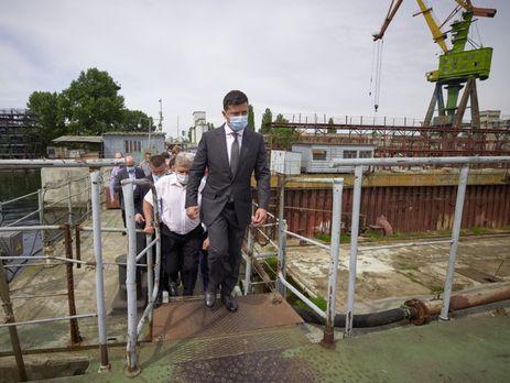 Зеленский отметил, что мосты строят и сейчас